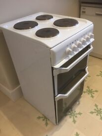 Indesit IT50EWS_WH white electric cooker 2014 - good condition