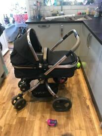 Mother Care Orb pram in Black Liquorice. Good condition with all accessories!