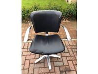 Salon chairs (set of 5)