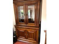 Display Cabinet / French Dresser