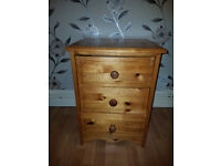 Solid pine 3 drawer