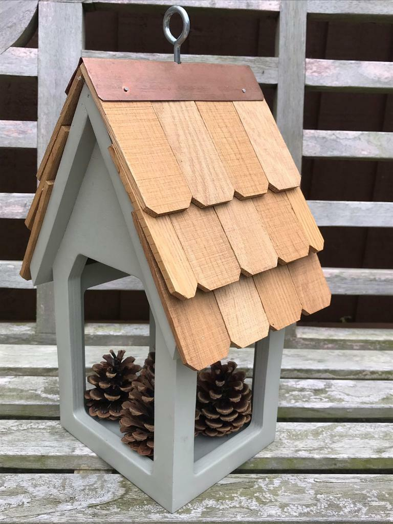Super Beautiful Bird Feeder With Real Cedar Shingles Brand New In Rayleigh Essex Gumtree Home Interior And Landscaping Ferensignezvosmurscom