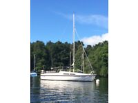 MacGregor 26 C Sailing Boat 4-6 berth, Trailer, Susuki 5hp outboard all sails and rigging Windermere