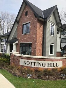 Gorgeous new one bedroom and den Grand Flat at Notthing Hill