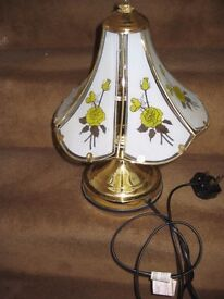 Flower Pattern Touch Table Lamp - Brass