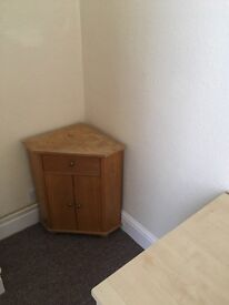 Small corner unit - ideal for up cycling