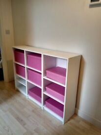 Piece of furniture with 10 shelves