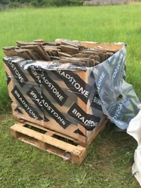 Cotswold stone look alike roof tiles quantity 474 various sizes mostly new