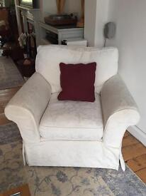 Arm chair Free of charge