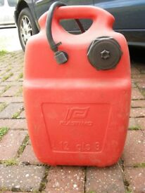 Plastimo 12L fuel tank with hose and bulb