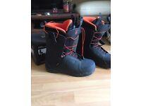 Brand new!! Mens Salomon Snow boarding boots UK size 10