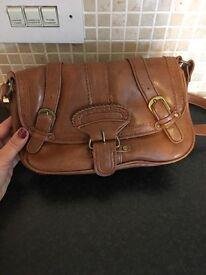 Ladies small brown handbag from Dorethy Perkins
