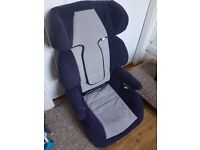 Baby car seat in a very good condition for sale