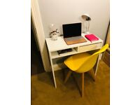 White 1 drawer desk + chair - Good condition