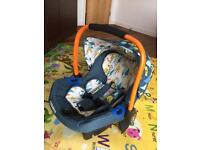 Cosatto Port 0+ Car Seat & Isofix Base