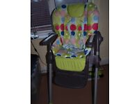 Chicco Polly 2in 1 highchair