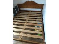 Bed king size pine