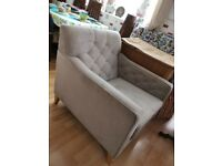 Set of 2 Quality Modern Tub Chairs/Armchairs