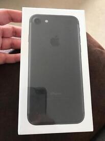 iPhone 7 black 32g black on Ee