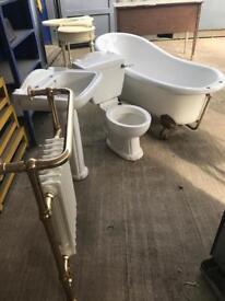 Full bath suite