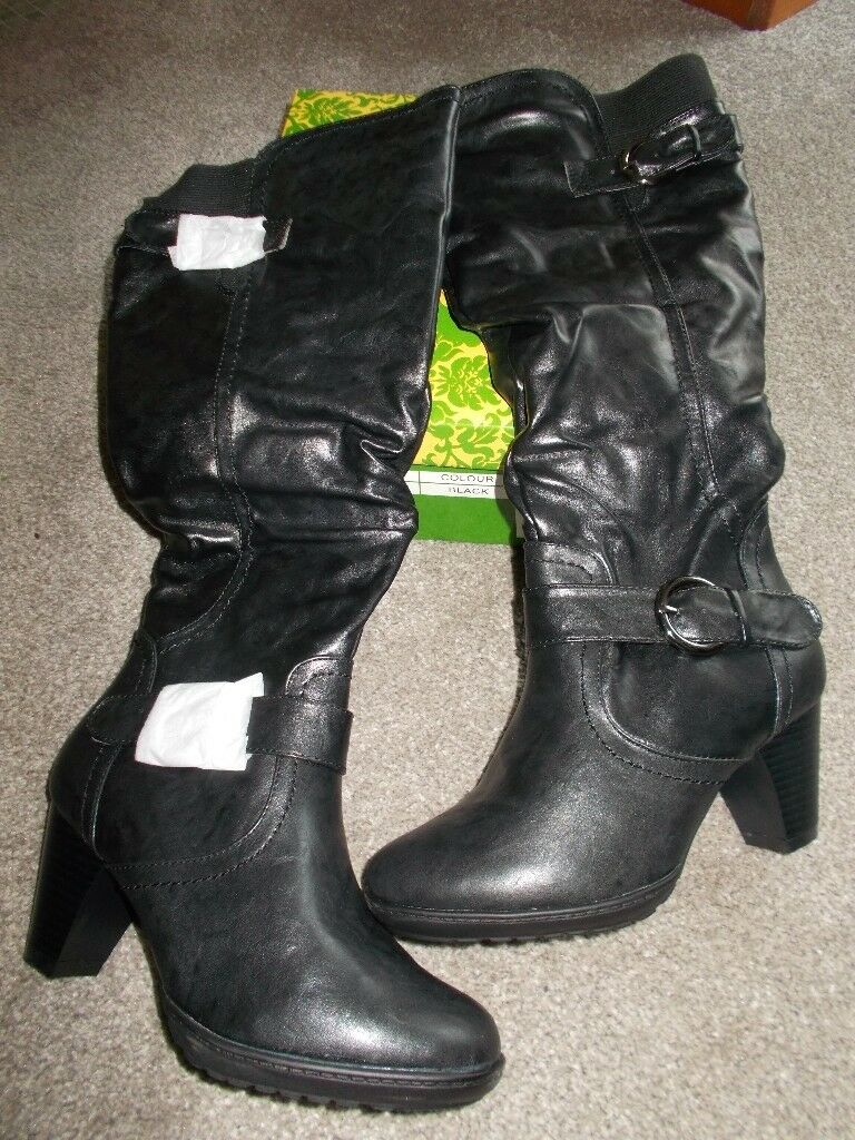 Brand new boxed black boots size 3