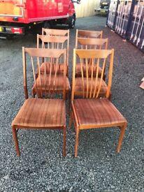 Set of 6 retro chairs