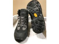 Peter Storm boots size 3
