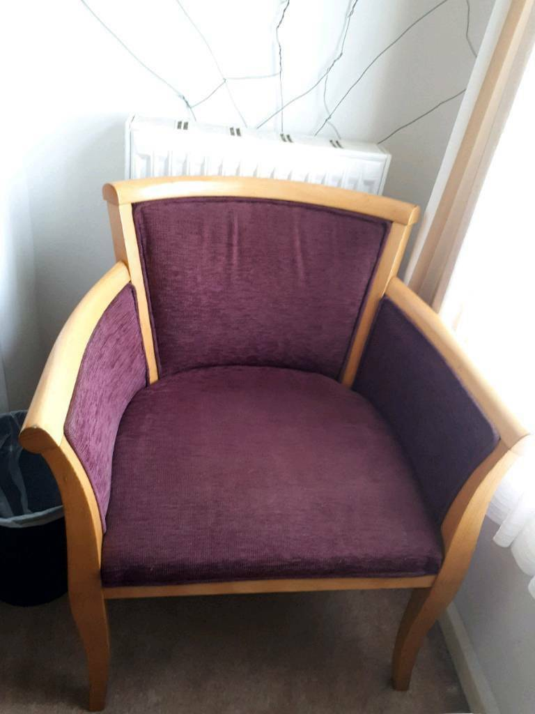 Good quality purple and wood bucket chair. Good condition.