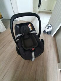 Maxi cosi baby car seat - pebble - baby car seat newborn to 12months