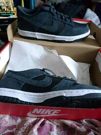 NEW Nike Dunk Low Trainers Size 4