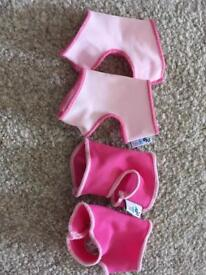 2 x pink 0-6 months sock ons