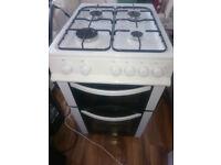 Free standing Logik LFSTG50W Gas cooker. Very good condition.