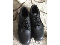 NEW Safety boot - men uk size 9