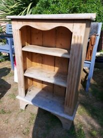 PINE BOOKCASE, NICE SOLID CONDITION 24W 36H 10D