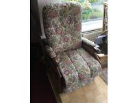 Cintique electric riser recliner chair