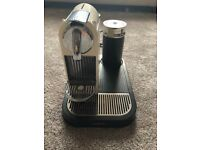 Nespresso Magimix M190 Coffee machine and milk frother