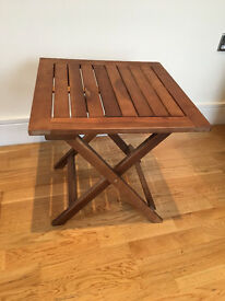Wooden square foldable table