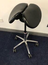 Salli Saddle Chair - Suitable for dentist / similar