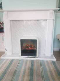 Fire surround and electric fire
