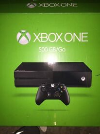 Xbox one 3 games box and pad