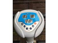 Electric vibration exercise plate