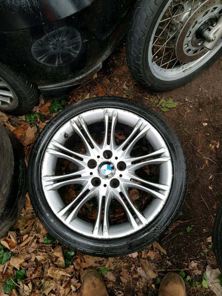 Bmw Mv2 18 inch alloy selling one by one