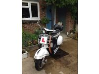 AJS Modena 125cc + accessories - Excellent condition, low mileage