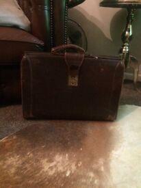 Vintage doctors case bag