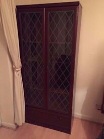 FREE SHOWCASE 2 DOOR GLASS WITH 2 DRAWS IDEAL COLLECTION CAN DELIVERY £50 WARDROBE CHEST DRAWERS