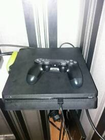 Ps4 slI'm 1tb comes wiv 1 pad 3 games swap for iphone