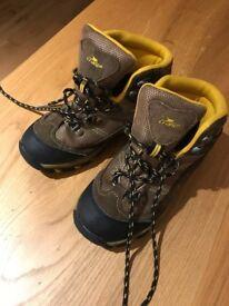 Child's Crane boots size 1