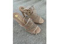 Women's Open Toe Strappy Shoe