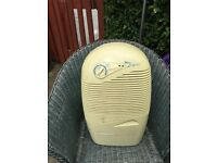 Excellent Dehumidifier, free Standing, 10-12ltr . For control of damp & mold. Second hand.