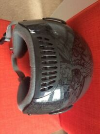 Quiksilver helmet (size S) as NEW